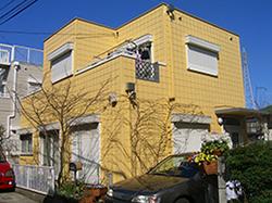 黄色いALCの家