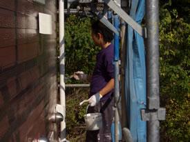 縦樋の塗装