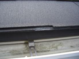 スレート屋根 樋側の小口が劣化