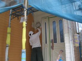 玄関廻りの下塗り